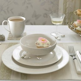 Monsoon Lucille Gold Place Setting